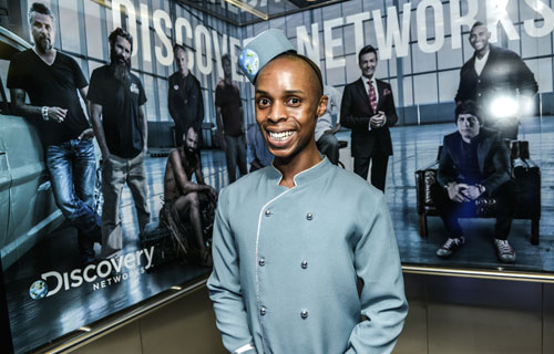 Branded-elevator-at-Discovery-Networks-Upfront-2013-2