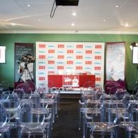 Presentation-set-up-at-Buddy-Valstro-Client-Event