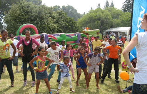 DStv-Mitchells-Plain-Festival---Children's-Entertainment-(19)